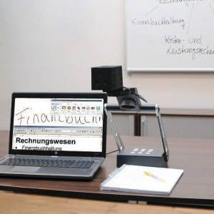 Topolino Smart connecté sur un PC en classe