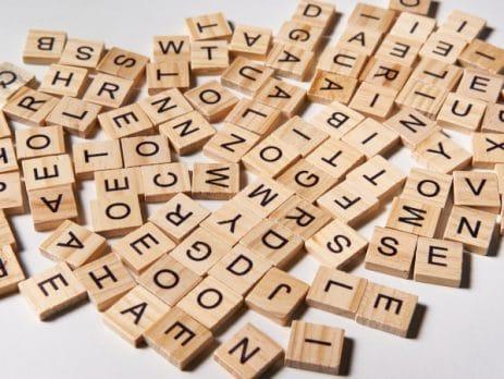 Abréviation basse vision et sigle avec lettres