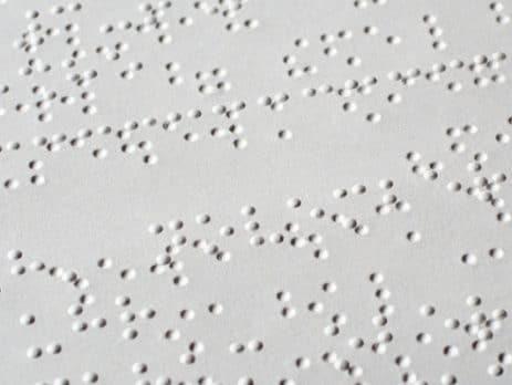 Feuille imprimée en Braille