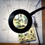 lampe loupe pour l'électronique