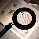 Lampe loupe architecte pour lecture